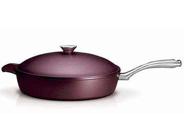Imagen de Sartén con tapa de 26 cm LYON color bordeaux