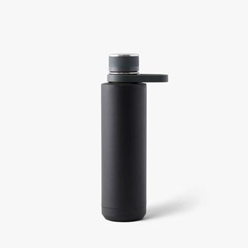 Imagen de Botella térmica acero inox. negro mate 710ml